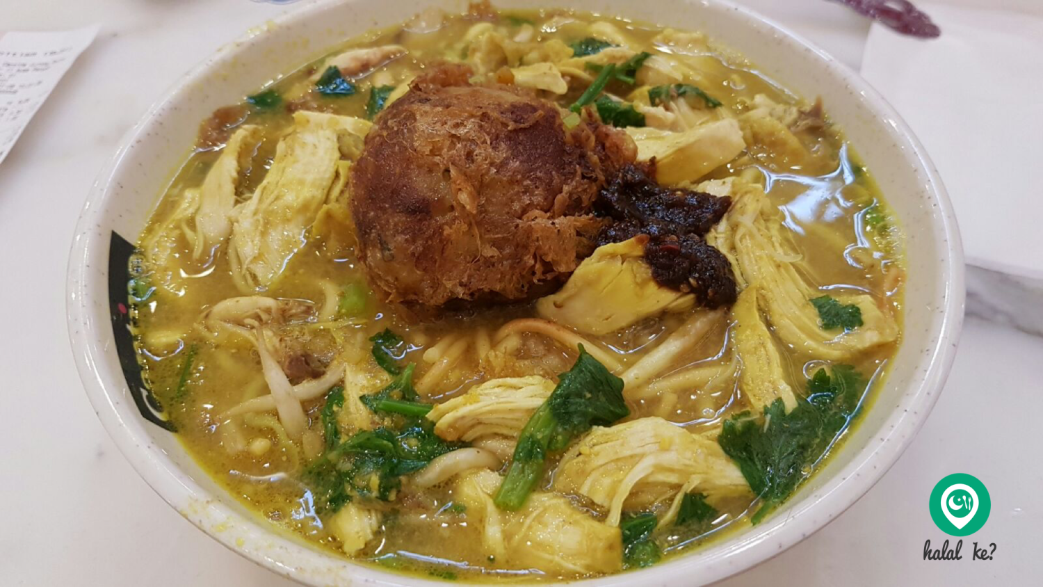 The much-loved Mee Soto commonly found in Singapore and Malaysia.