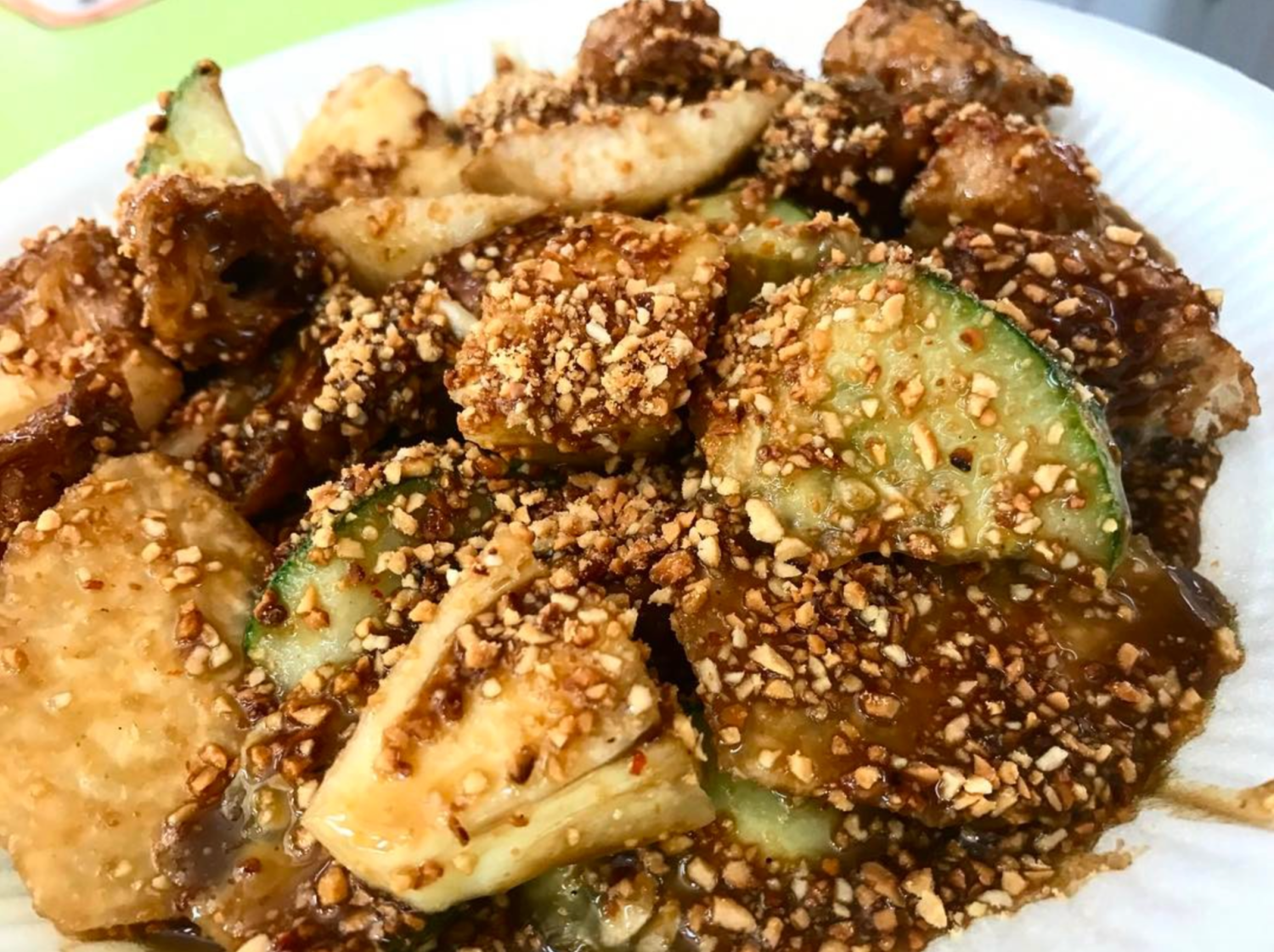 Rojak Buah remains to be a favourite snack among Singaporeans. Photo: sammekim