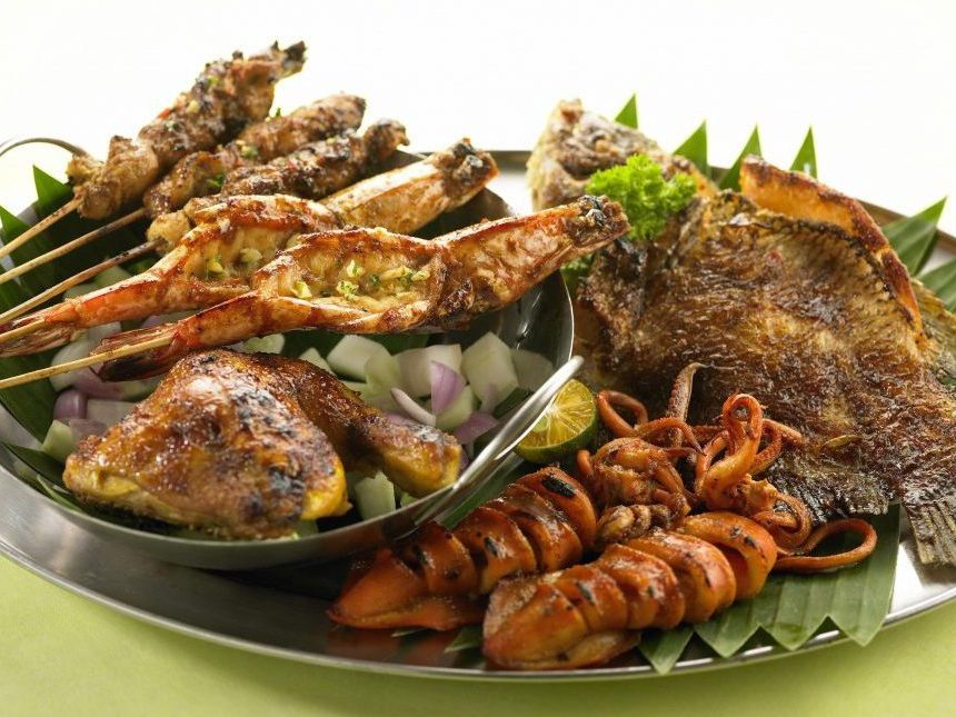 Halal Food In Thailand Where To Eat What To Order Ithaka